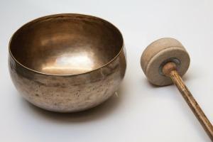 singing-bowl-185211_1920